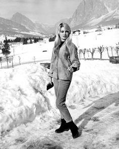 Agenzia Farabola - Brigitte Bardot - Cortina d'Ampezzo - 1958 - Catawiki