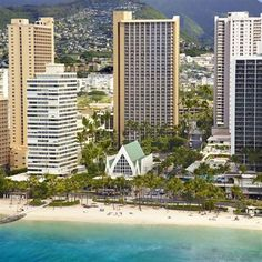 Hilton Waikiki Beach - Located in Waikiki, this hotel is within a five-minute walk of Waikiki Beach and Kuhio Beach Park. It is ideally positioned for those wishing to visit local attractions.
