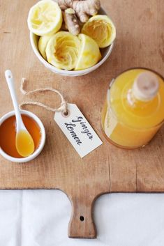My natural wonder weapon for the nasty cold time: ginger and lemon syrup, simply homemade (without Thermomix and without juicer) - - Healthy Life, Healthy Living, Lemon Syrup, Party Snacks, Detox Drinks, Natural Wonders, I Foods, Smoothies, Food Porn