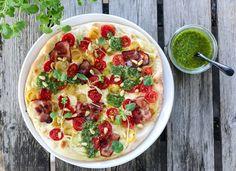 » PIZZA MED BACON, TOMATER OG BASILIKUMPESTO Boite A Lunch, Bacon, Frisk, Bento, Mozzarella, Sour Cream, Vegetable Pizza, Cantaloupe, Lunch Box