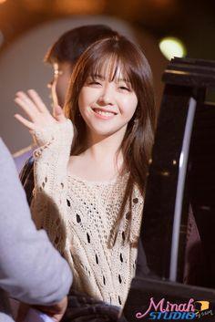 dedicated to female kpop idols. Kpop Girl Groups, Korean Girl Groups, Kpop Girls, Asian Celebrities, Celebs, K Pop, Mini Albums, Girls Day Minah, Girl's Day Hyeri