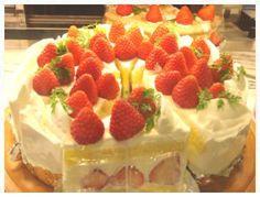 สตอเบอรี่ช็อตเค้ก - ค้นหาด้วย Google Cheesecake, Strawberry, Desserts, Food, Meal, Cheesecakes, Deserts, Essen, Strawberries