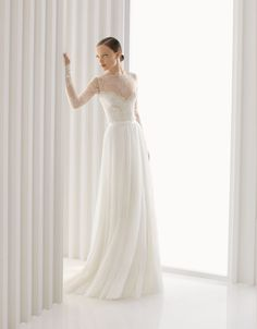 Rosa Clara. Armilla. Rebrode lace body and pleated tulle skirt. Is this too hot for summer?