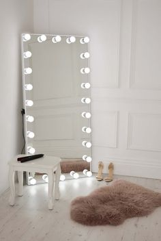 - Mirror Designs - Get ready to take your selfie game to the next level with Ultimate Selfie Free S. Get ready to take your selfie game to the next level with Ultimate Selfie Free Standing Full Length Illuminated Mirror. Room Ideas Bedroom, Bedroom Wall, Bedroom Decor, Mirror For Bedroom, Long Bedroom Ideas, Closet Mirror, Mirrored Bedroom Furniture, Bedroom Girls, Girl Rooms
