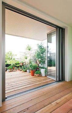 フォールディングウィンドウ in 2019 Balcony Doors, Japanese Home Decor, Terrace Design, Interior Decorating, Interior Design, House Rooms, Interior And Exterior, Outdoor Living, House Plans