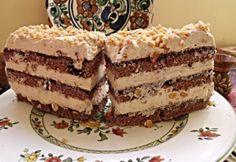 Toffifee sütemény | NOSALTY Mexican Food Recipes, Sweet Recipes, Cookie Recipes, Dessert Recipes, Ethnic Recipes, Hungarian Cake, Hungarian Recipes, Hungarian Food, Cake Bars