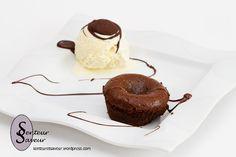 Fondant au chocolat Sweet Recipes, Mousse, Panna Cotta, Pudding, Meals, Tableware, Ethnic Recipes, Desserts, Food