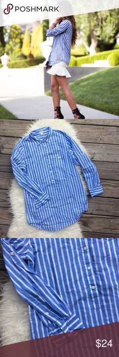 """J. Crew Blue & White Henley Tunic Excellent condition J. Crew blue and white Henley tunic. Size small. Super soft, thin 100% cotton. Shoulder seam to shoulder seam across the back 15.5"""", bust 41"""", length 31"""". Long sleeves can be rolled up and buttoned above the elbow. No trades, offer welcome. J. Crew Tops Tunics"""