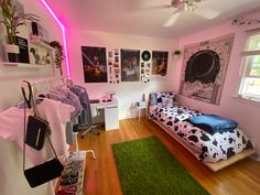 Dorm, Bedrooms, Vanity, Mirror, House, Stuff To Buy, Inspiration, Furniture, Home Decor