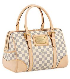 Louis Vuitton Berkeley Bag.  They discontinued making it in this color!