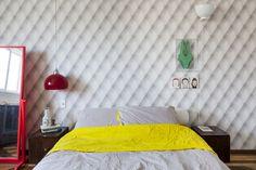 Uma decoração retrô, mas sem exageros: https://www.casadevalentina.com.br/blog/OPEN%20HOUSE%20%7C%20LARA%20AMARAL ----------------------------------------- A retro decor, but without exaggeration: https://www.casadevalentina.com.br/blog/OPEN%20HOUSE%20%7C%20LARA%20AMARAL