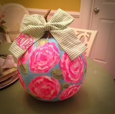 Lilly Pulitzer pumpkin with seersucker monogram