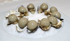 Liquified oysters served as canapes in the Oeil-de-Boeuf salon, photograph © Michel Jolyot