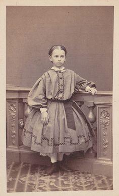 Child wearing civil war era fashion