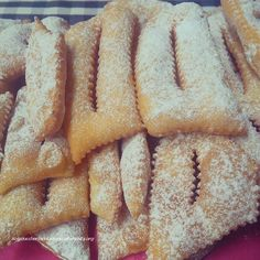 Cenci!  The recipe is now up on my blog @solozuccheriacolazione.altervista.org
