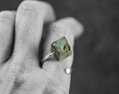 Sterling CONCRETE & real MOSS ring. Silver twisted ring with