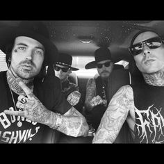 """""""@travisbarker showed us the most love in LA today .. Took us out in the RR .. Ate well at Crossroads .. His restaurant .. and then he joined us at…"""""""