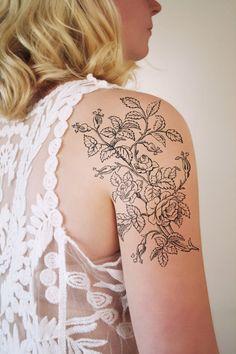 Tatuaggio temporaneo con Rose d'epoca (tatuaggio temporaneo floreale)