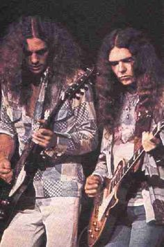 ~The the original seminal members of Lynyrd Skynryd were Allen Collins, Ronnie Van Zant and Gary Rossington. Description from allmanbrothersband.com. I searched for this on bing.com/images