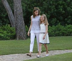 La reina Letizia y la princesa de Asturias Leonor. 04.08.2016