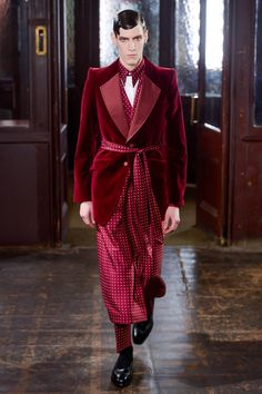 Alexander McQueen Fall 2013 Menswear Fashion Show