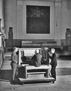 BBC Radio Theatre – Organ
