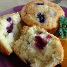 The Best Blueberry Muffins @keyingredient #muffins