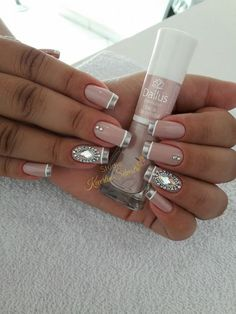 Important Things You Should Know About Acrylic Nails – Page 9456732246 – NaiLovely Fingernail Designs, Nail Art Designs, Nails Design, Cute Nails, Pretty Nails, Hair And Nails, My Nails, French Tip Nails, Accent Nails