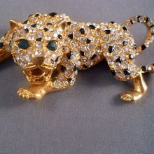 Hattie Carnegie Leopard Figural Brooch Vintage Rhinestones from Suzy's Timeless Treasures