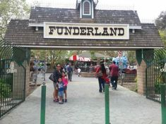 Fun things to do in Sacramento, Ca Funderland - Funderland is located on two beautiful acres in historic William Land Park in Sacramento.