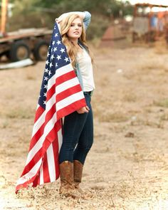 Senior pictures gone country! American flag.