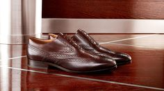 #plactrzechkrzyzy #tods #Luxuryshoes #man #exclusivegoods #luxurious #newarrivals #newcollection #fall2013 #love #want #shopnow #topbrands Tod's Men's Autumn Winter 2013-2014 Collection. Sartorial #brogue shoes crafted from antiquated leather