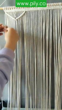 Macrame Wall Hanging Patterns, Macrame Art, Macrame Design, Macrame Projects, Macrame Knots, Macrame Patterns, Micro Macrame, Macrame Curtain, Diy Wall Art
