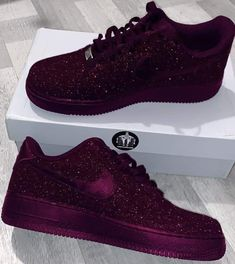 Amazing Purple Shoes Ever – The Lit Shopy Jordan Shoes Girls, Girls Shoes, Sneakers Fashion, Fashion Shoes, Mens Fashion, Nyc Fashion, Fashion Spring, Ootd Fashion, Urban Fashion