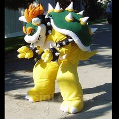 Bowser Costume--I wish I could borrow this for Halloween. I'm getting a bit obsessed with Bowser.