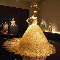 'China: Through the Looking Glass' at Metropolitan Museum of Art