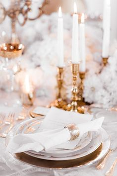 Pure romance that will make you weak in the knees due to its endless, soft modern romance wedding inspiration overload. Modern Romance, Pure Romance, Weak In The Knees, Strictly Weddings, Wedding Table Decorations, Muted Colors, Romantic Weddings, Centerpieces, Wedding Day
