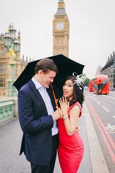 engagement pre wedding couples love story photo shoot westminster London tower bridge rainy day big ben south bank (12)