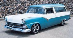 1956 Ford 2-Door Parklane Station Wagon