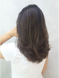 Emerald Forest with Sapayul for healthy, beautiful hair. Medium Hair Cuts, Medium Hair Styles, Curly Hair Styles, Haircut Medium, Messy Short Hair, Long Curly, Hair Color Dark, Ombre Hair, Brunette Ombre