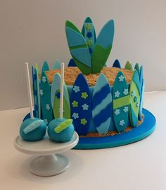 Surfboard cake and cakepops
