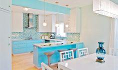 'Dan Waibel Designer Builder' via House of Turquoise - Love the pops of #blue all over the #kitchen!