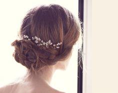 Gold Haarnadeln, Haarschmuck Hochzeit, Kristall. von Arsiart auf DaWanda.com