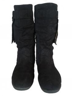 Je viens de mettre en vente cet article  : Bottines & low boots plates Marque Inconnue 30,00 € http://www.videdressing.com/bottines-low-boots-plates/marque-inconnue/p-5565347.html?utm_source=pinterest&utm_medium=pinterest_share&utm_campaign=FR_Femme_Chaussures_Bottines+%26+low+boots_5565347_pinterest_share
