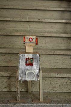 Timmeren en houtbewerken. Workshop 3D robot. Art Camp, Construction Party, Robots, Workshop, Sculpture, Sport, Holiday Decor, School, Winter