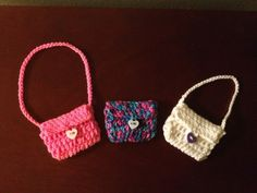 Hooking is a Lifestyle : American Girl Doll Crochet Purse pattern. Pinned from original source by Dorothy.