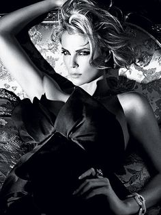 CHARLIZE THERON   photo | Charlize Theron beautiful
