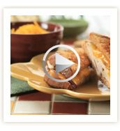 Hot Turkey Apple Cheddar Grilled Cheese #Recipe - We're thinking ahead of what to do with all of your #Thanksgiving leftovers.