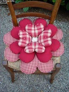almofada em patchwork - coração