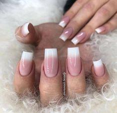 2019 10 Gorgeous Nail Designs To Try - Naija's Daily Bling Acrylic Nails, Aycrlic Nails, Bling Nails, Diy Nails, Swag Nails, Classy Nails, Simple Nails, Trendy Nails, Khadra
